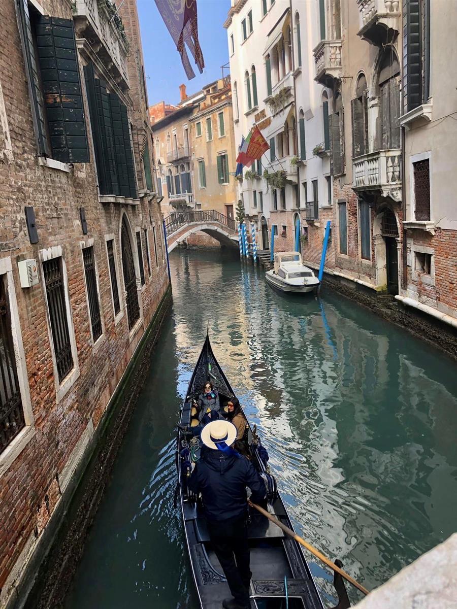 Little Gondola, Big World